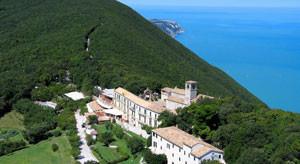 L'antico monastero camaldolese del Monte Conero, ora Hotel